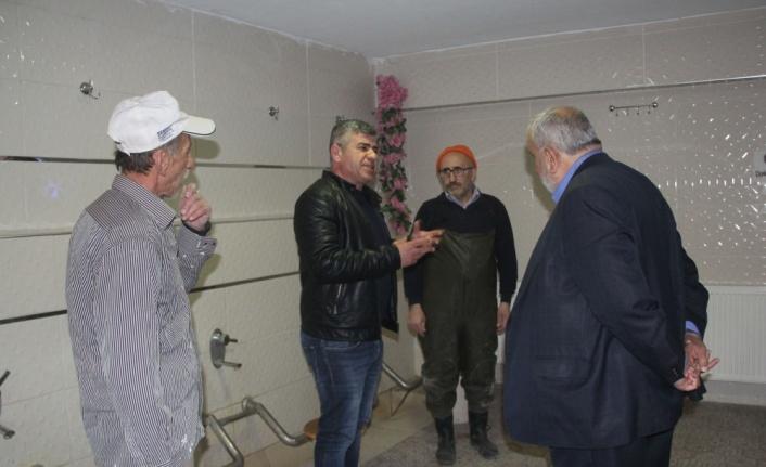 Havza Kevser Camisi'nin şadırvanının bakımı yapılıyor