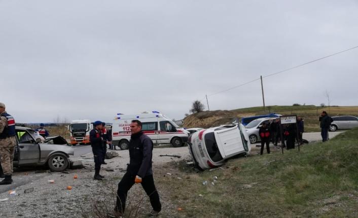 Kastamonu'da ciple otomobil çarpıştı: 2 ölü, 2 yaralı