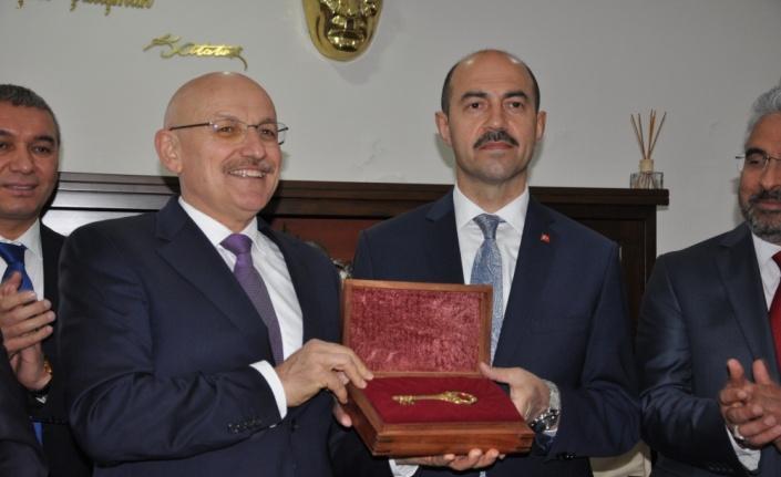 Terme Belediye Başkanı Ali Kılıç görevine başladı