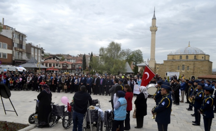 Amasya'da engellilerden farkındalık yürüyüşü
