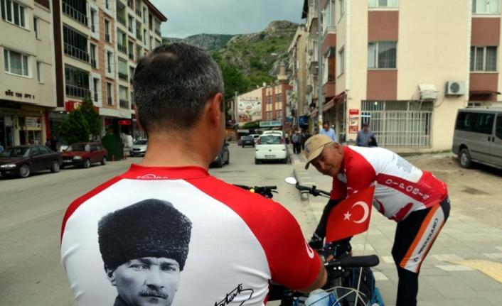 Ata'nın izinde bisikletle Aydın'dan Samsun'a