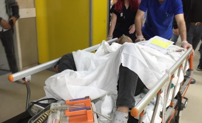 Geç gelen elektrikçiyi makasla sırtından yaralayan kişi tutuklandı