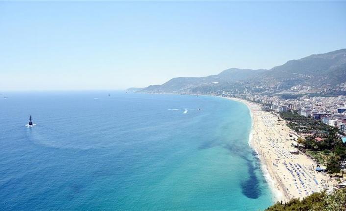 Antalya 5 ayda 3 milyon 310 bin turist ağırladı
