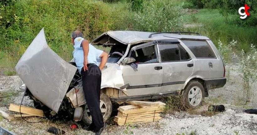 Araç şarampole uçtu, 1 ölü 5 yaralı