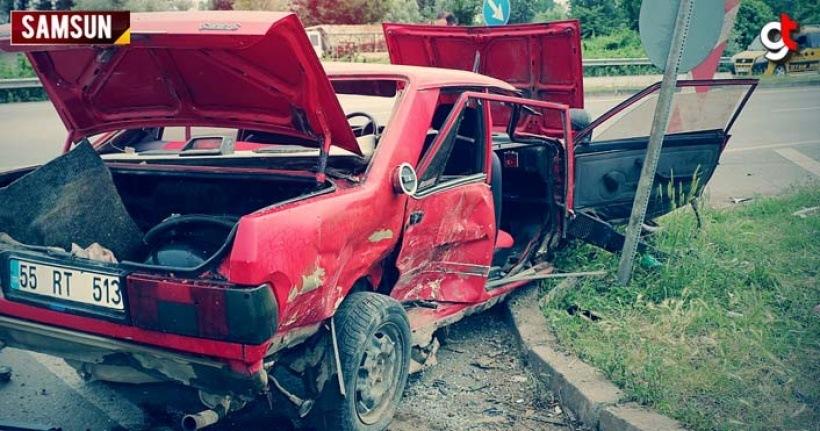 Araçlar çarpıştı 3 kişi yaralandı, sürücü ehliyetsiz çıktı