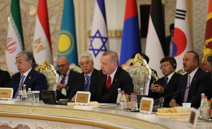 Cumhurbaşkanı Erdoğan: Kudüs'te yeni oldubittileri reddediyoruz