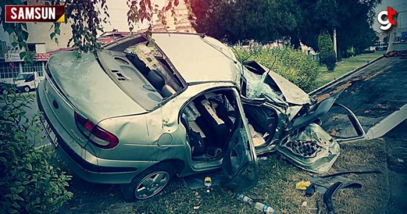 Konrtolden çıkan araç kaza yaptı, 3 yaralı