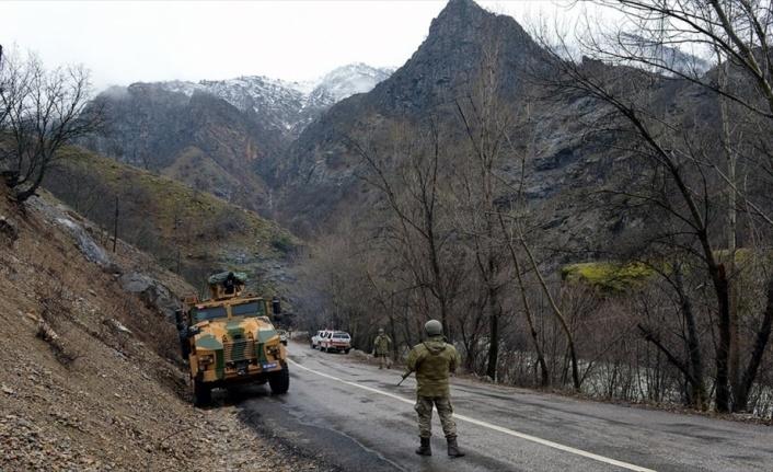 Tunceli'de mağarada kıstırılan 5 PKK'lı terörist öldürüldü