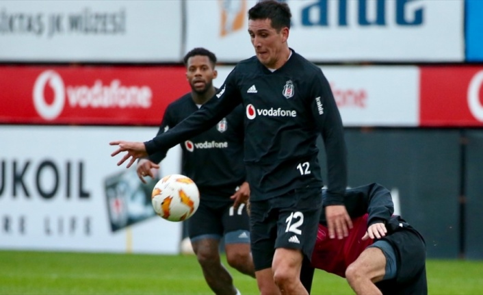 Beşiktaş'ta Enzo Roco'dan kötü haber