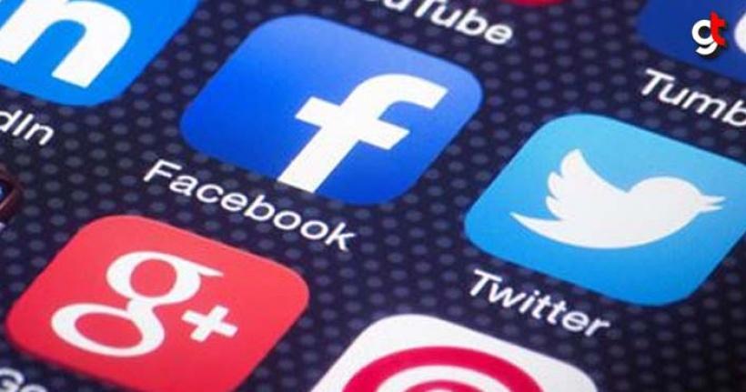Gençler twitter, yaşlılar facebook kullanıyor