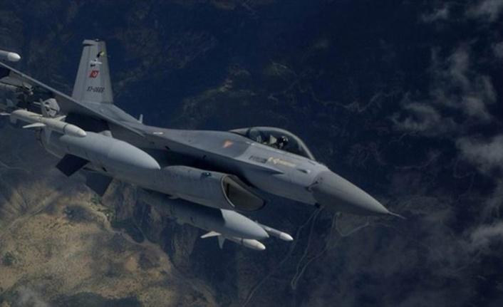 PKK'nın Karacak üs bölgesi vuruldu