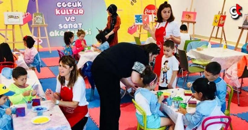 Piazza Çocuk Akademisi'nde Renkli Etkinlikler