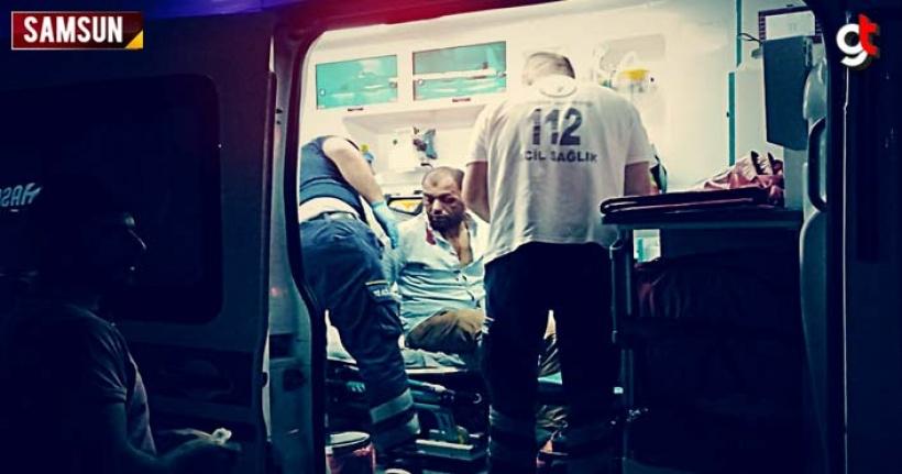 Samsun'da bıçaklı kavgada 2 kişi yaralandı