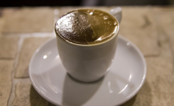 Yatmadan önce kahve ya da çay içmek uykuyu kaçırır mı?