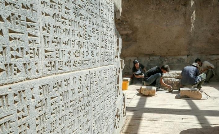 Ayanis Kalesi'ndeki 'gizemli oda'nın sırrı araştırılıyor