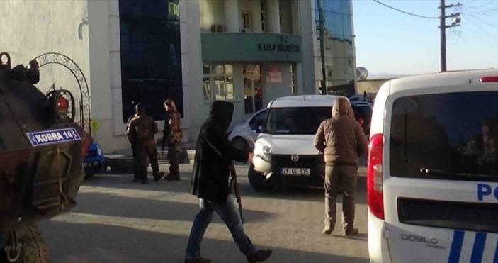 HDP'li Diyarbakır Kulp Belediye Başkanı gözaltına alındı