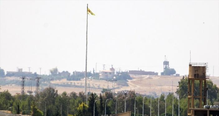 Terör örgütü YPG/PKK sınır hattında varlık göstermeye devam ediyor
