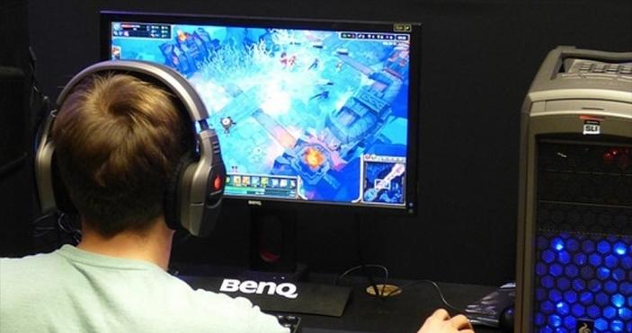 Uzmanlardan sanal oyunda 'klan ve chat' uyarısı