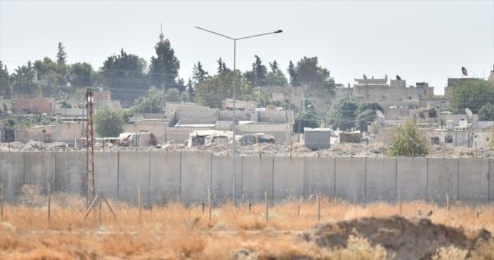Terör örgütü YPG/PKK'da operasyon paniği artıyor