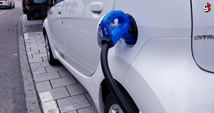 Elektrikli araba şarj istasyon sayısı 45 ilde 450'ye ulaşacak