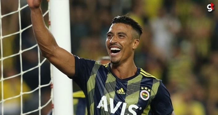 Fenerbahçe'de Nabil Dirar'ın sözleşmesi 2 yıl uzatıldı