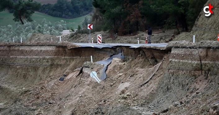 Adana Valisi Demirtaş: Adana'da metrekareye yaklaşık 250 kilogram yağmur düştü