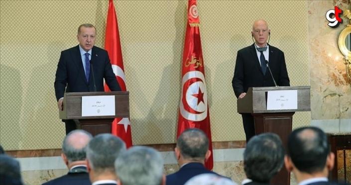 Cumhurbaşkanı Erdoğan: Libya'da istikrarın sağlanması çabalarına Tunus'un da katkıları olacak