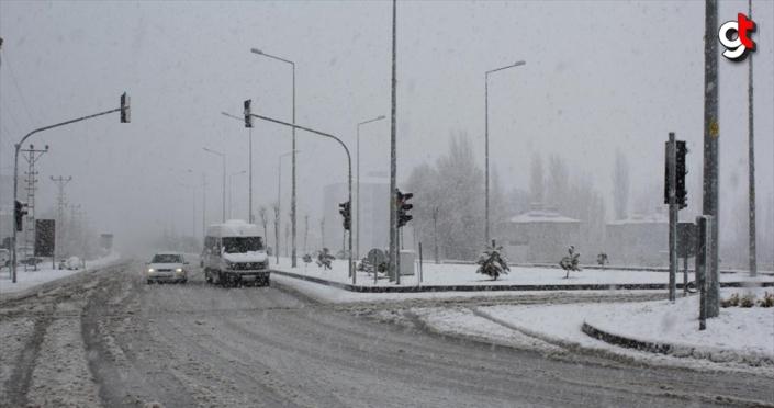 Güneydoğu'da kar ve sağanak uyarısı