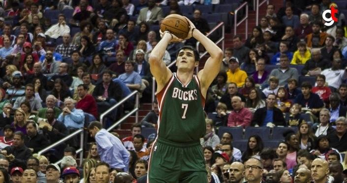 NBA'de Bucks Ersan İlyasova'nın yıldızlaştığı maçta Magic'i yendi
