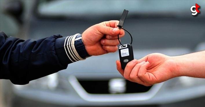 Otomobil satışları, banka araç kredileri faizleri düşmesiyle arttı