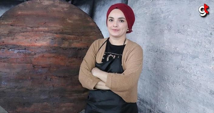 Ressam Emine Dokumacı: Resim yaparken Anadolu'dan ilham alıyorum