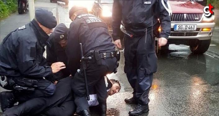 Almanya'da bir polis Türk vatandaşını vurarak öldürdü
