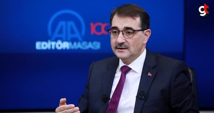 Bakan Dönmez: 2030'da Türkiye'de 1 milyonun üzerinde elektrikli otomobil olacağını öngörüyoruz