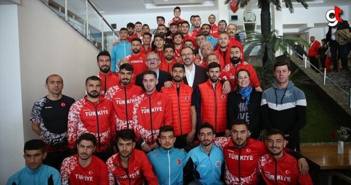 Bakan Kasapoğlu: Antalya spor kenti haline geldi