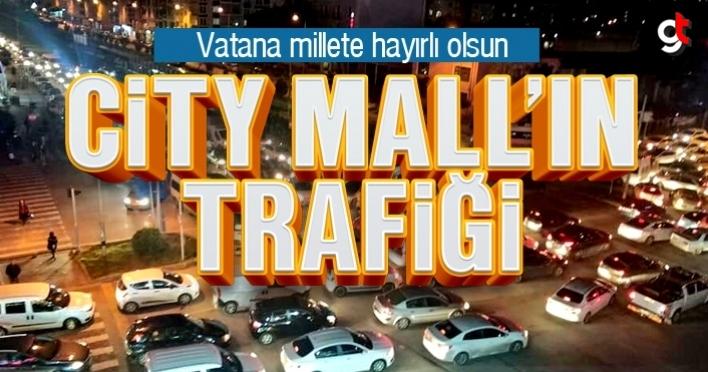 City Mall açıldı, trafik kitlendi