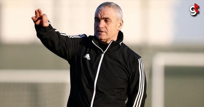 Demir Grup Sivasspor Teknik Direktörü Rıza Çalımbay transfer bekliyor