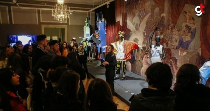 İzmir'deki Picasso sergisini yaklaşık 150 bin kişi gezdi