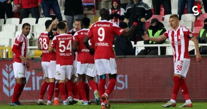Sivasspor'dan kupada farklı galibiyet