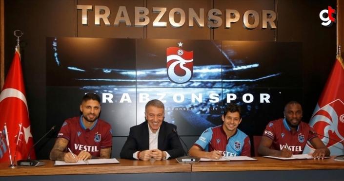 Trabzonspor yeni transferleri için imza töreni düzenledi