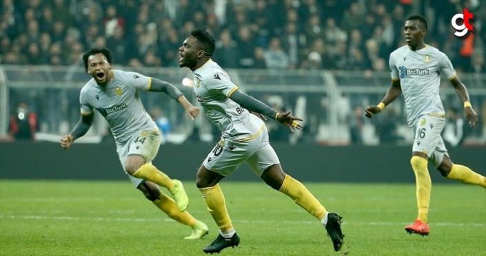 Yeni Malatyaspor, Thievy Bifouma'nın sözleşmesini uzattı