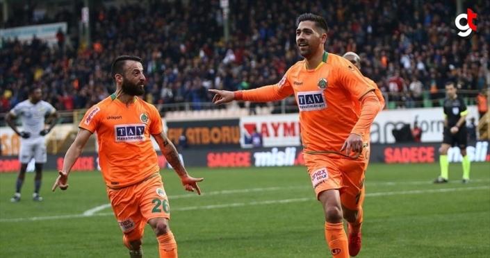 Alanyaspor evinde Yeni Malatyaspor'u 2 golle geçti