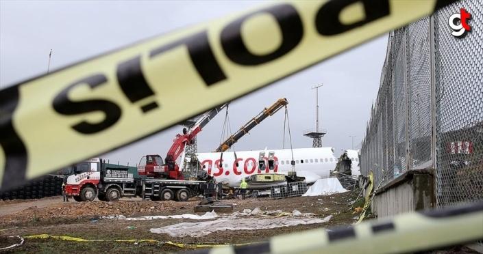 Bakan Turhan: Sabiha Gökçen'deki uçak kazasına ilişkin her türlü belge toplandı