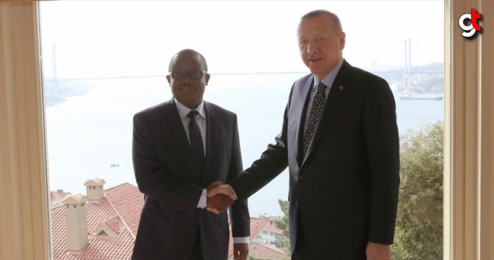 Cumhurbaşkanı Erdoğan, Gine Bissau Cumhurbaşkanı Embalo'yla bir araya geldi