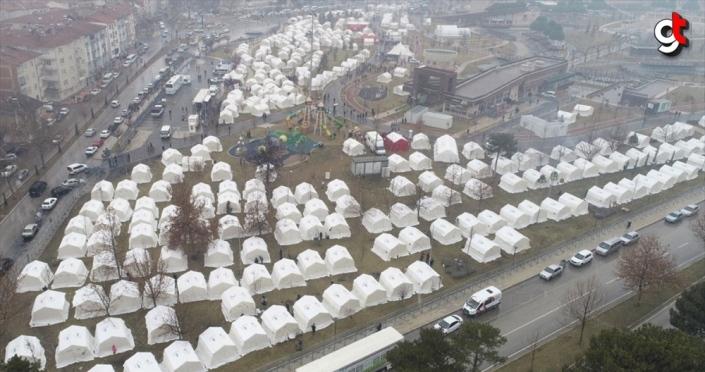 Elazığ ve Malatya'daki depremzedeler için 96 milyon liranın üzerinde yardım toplandı