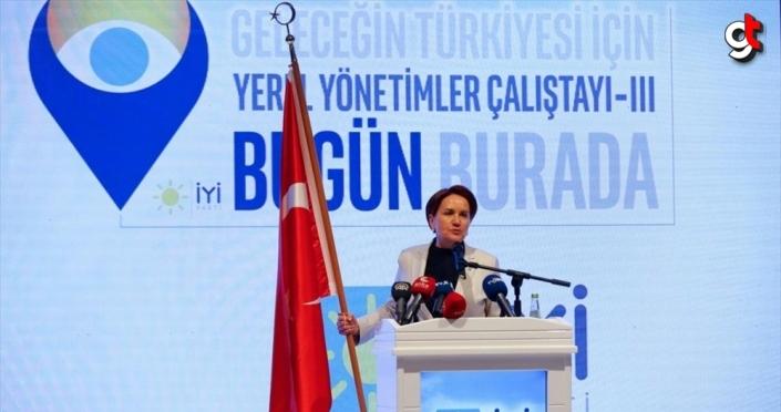 İYİ Parti'nin 'Geleceğin Türkiye'si İçin Yerel Yönetimler Çalıştayı' İzmir'de yapıldı