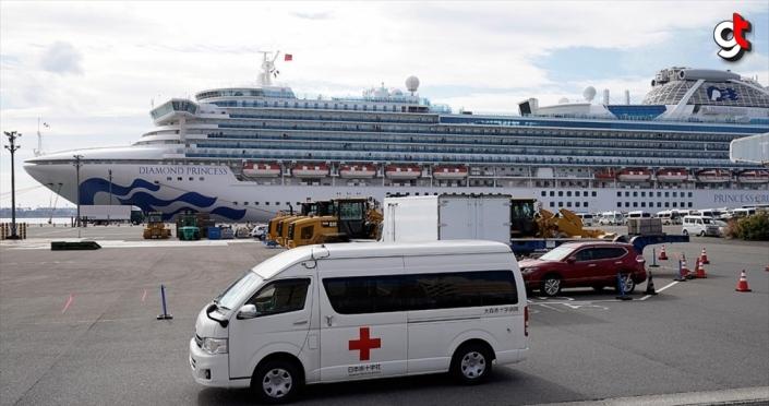 Japonya'da karantina altındaki gemide 40 kişide daha 'Kovid-19' tespit edildi