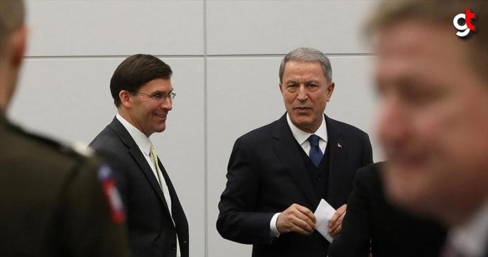 Milli Savunma Bakanı Akar NATO Karargahı'nda ABD'li mevkidaşı Esper ile görüştü