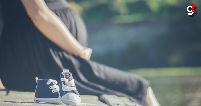 Prof. Dr. Demirhan: Gebe anneler cep telefonunu üzerinde taşımamalı
