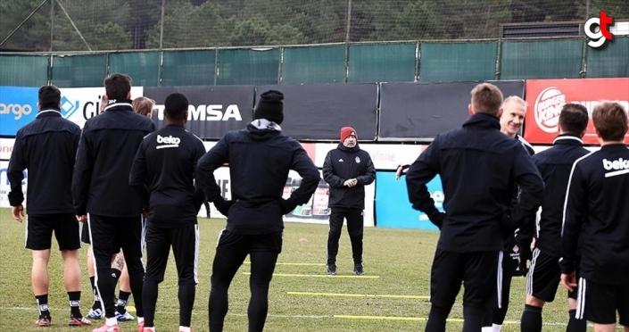 Beşiktaş'ta teknik ekip ve futbolculara koronavirüs testi yapılacak