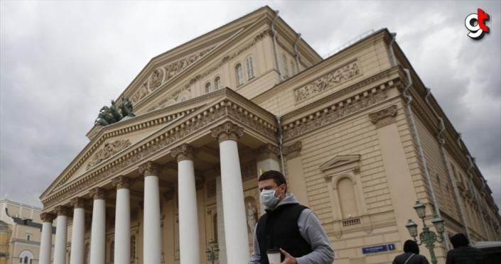 Rusya'da Kovid-19 salgınına karşı yeni tedbirler alındı